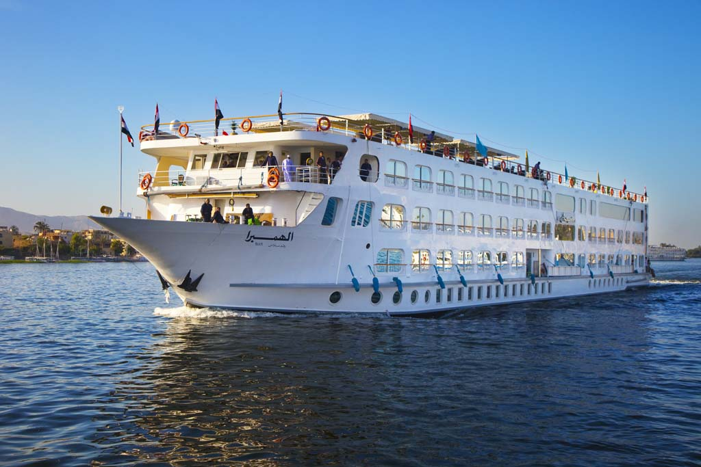 Enjoy Exceptional Cruise Service